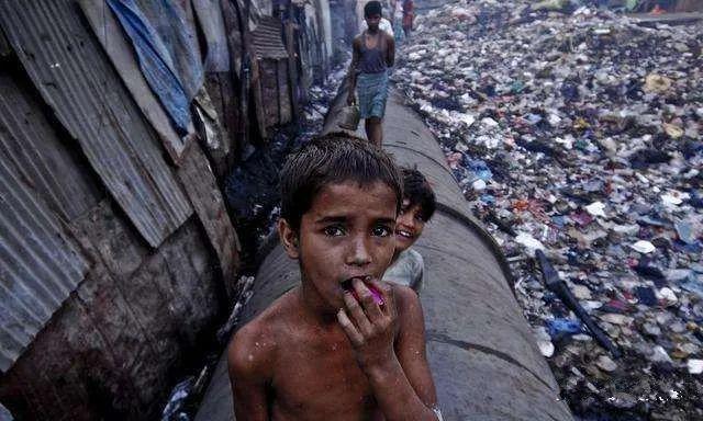 疫情最大黑洞,印度感染人数可能破亿