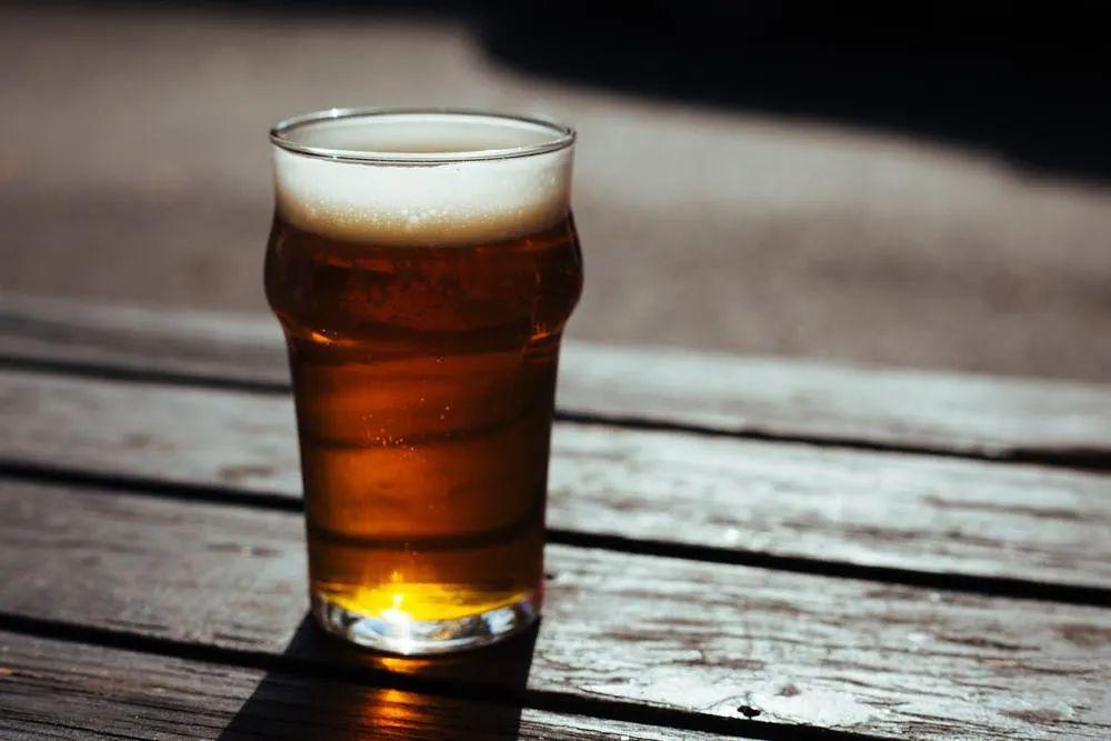 被骗20年后,我再也不喝国产啤酒了