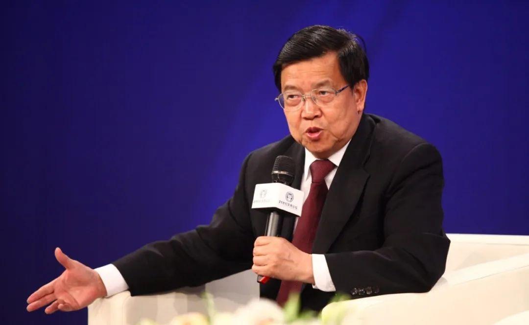 龙永图:暂且不要讨论中国崛起,先问问3个更重要问题