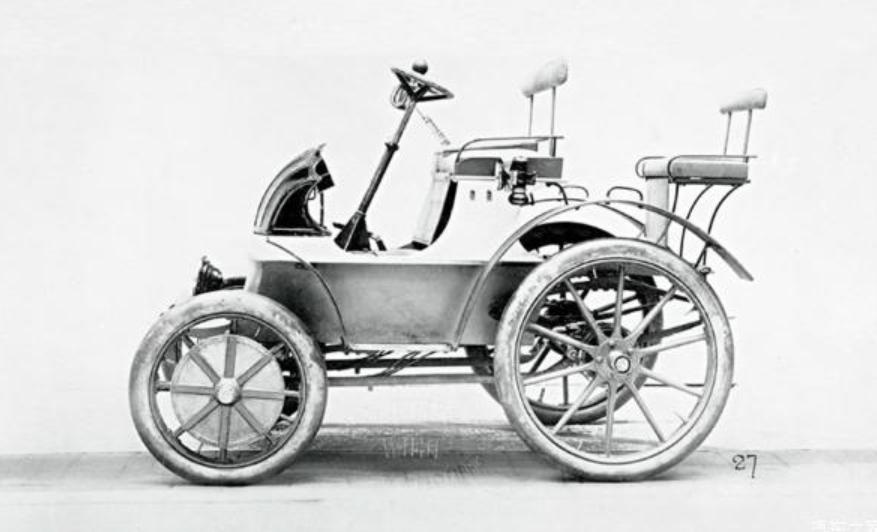 新能源汽车的第一枚弃子